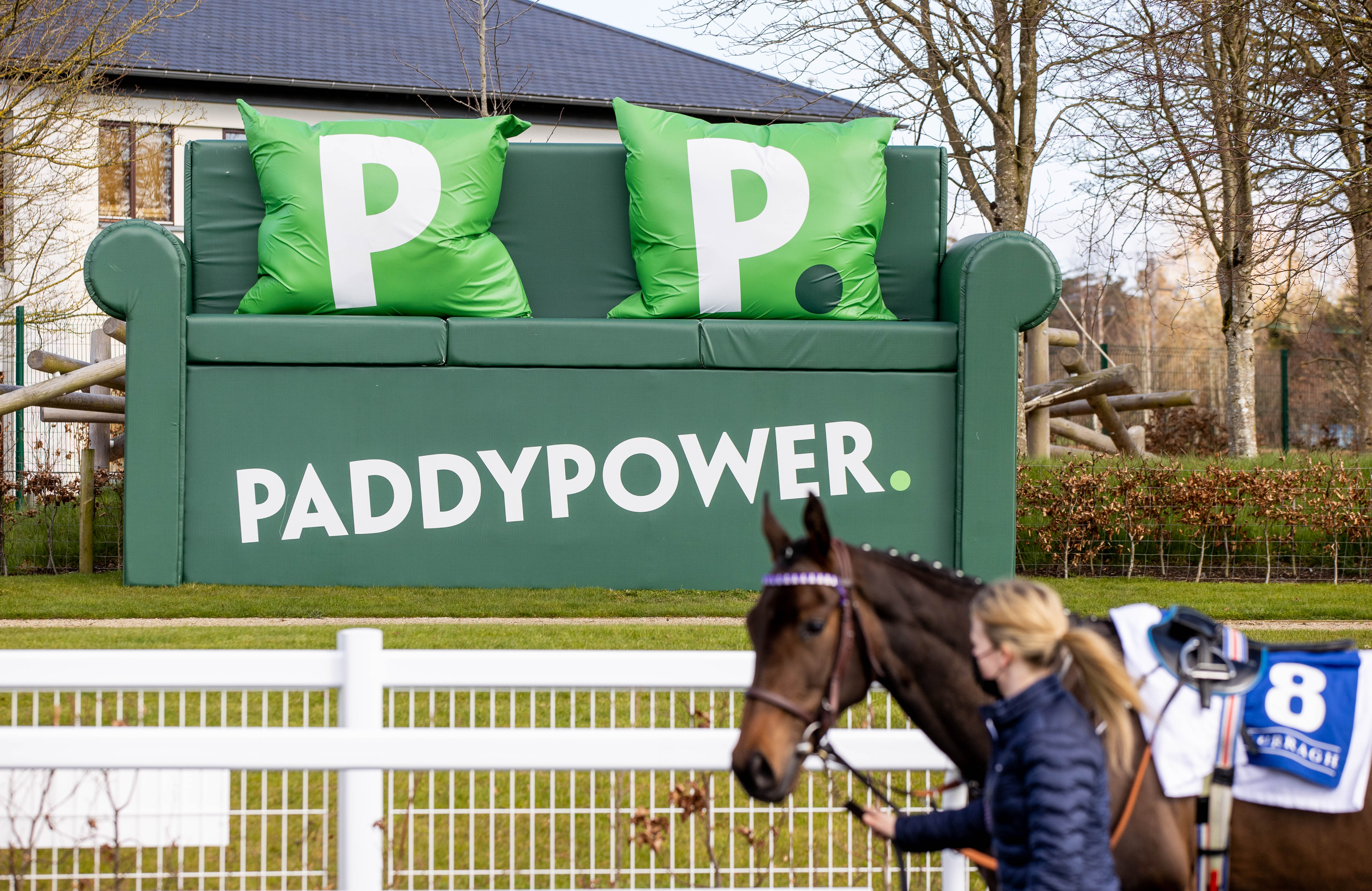 Significant number of entries for Curragh finale of 2021